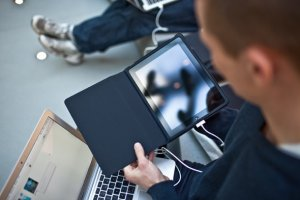 Que signifie vraiment « intégrer les TIC » en pédagogie ? - Educavox